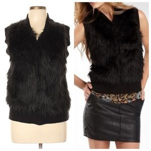 I Heart Ronson ❤️ Black Zip Up Faux Fur Vest